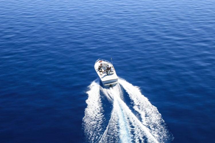 Boat Cruise Lake Tahoe
