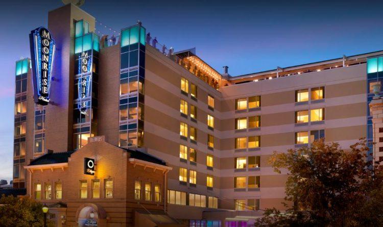 Moonrise Hotel