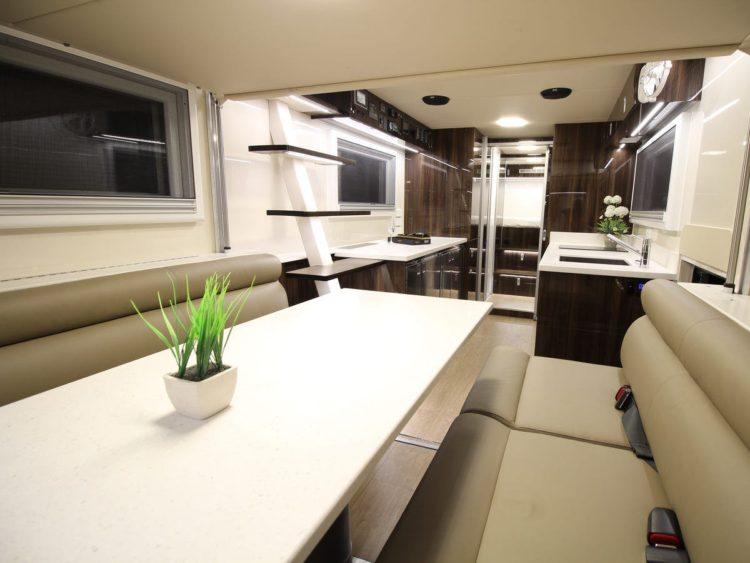 SLRV Commander 8x8 Camper interior