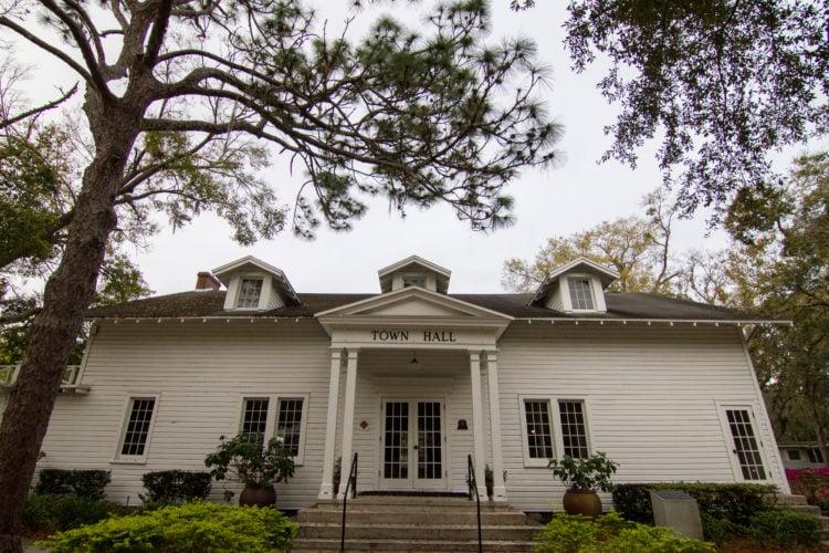 Orwin Manor