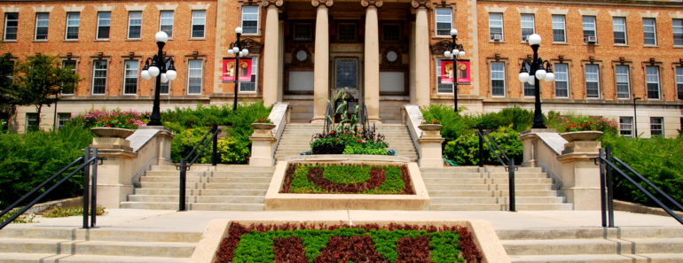 University of Wisconsin=Madison Geology Museum