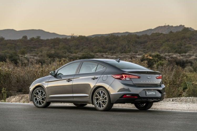 2021 Hyundai Elantra back