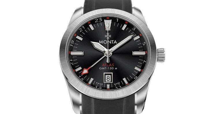 Monta Atlas with a black rubber bracelet