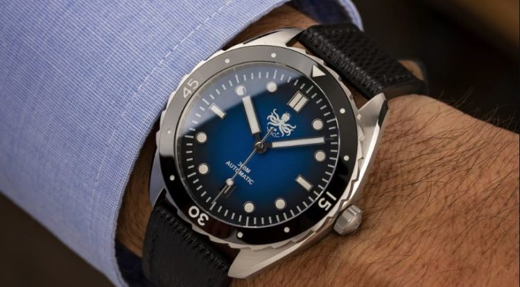Phoibos Eagle Ray Bronze PY018E 500M Automatic Diver Watch Blue Meteorite Limited Edition