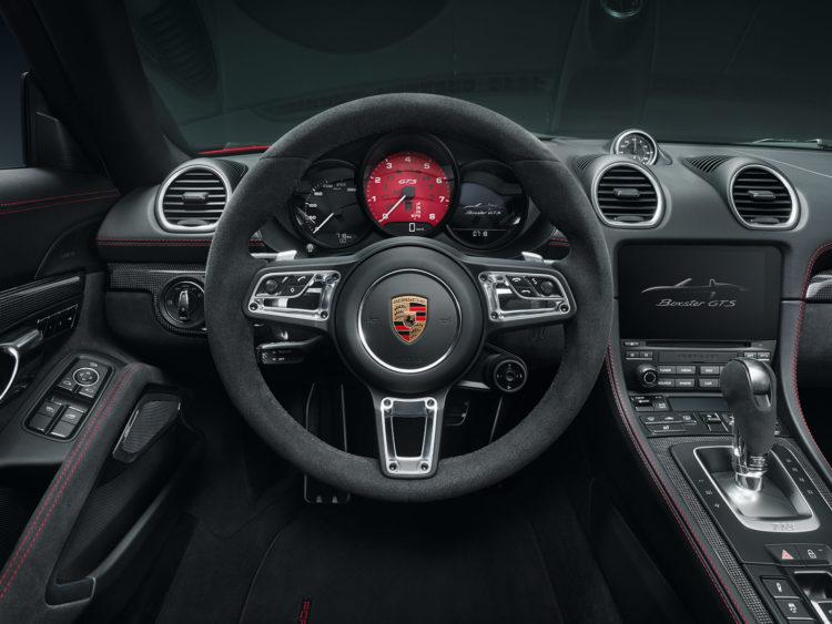 Porsche Boxster 718 GTS interior
