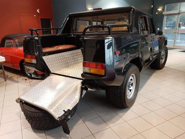 1987 Lamborghini LM002 back