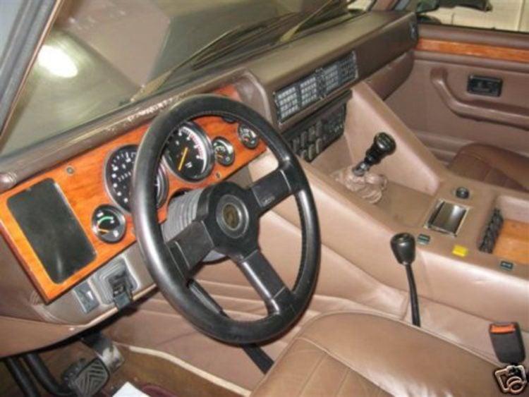 1987 Lamborghini LM002 interior
