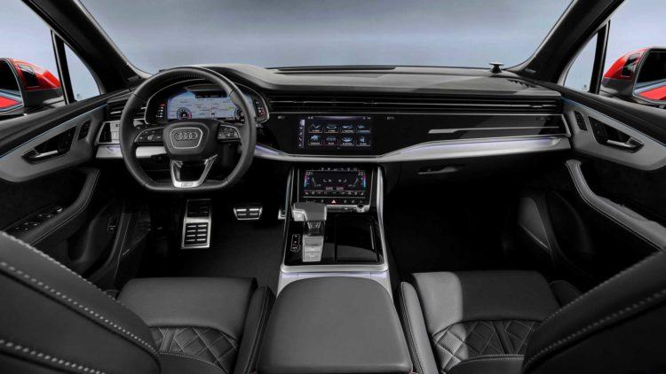 2020 Audi Q7 55 interior