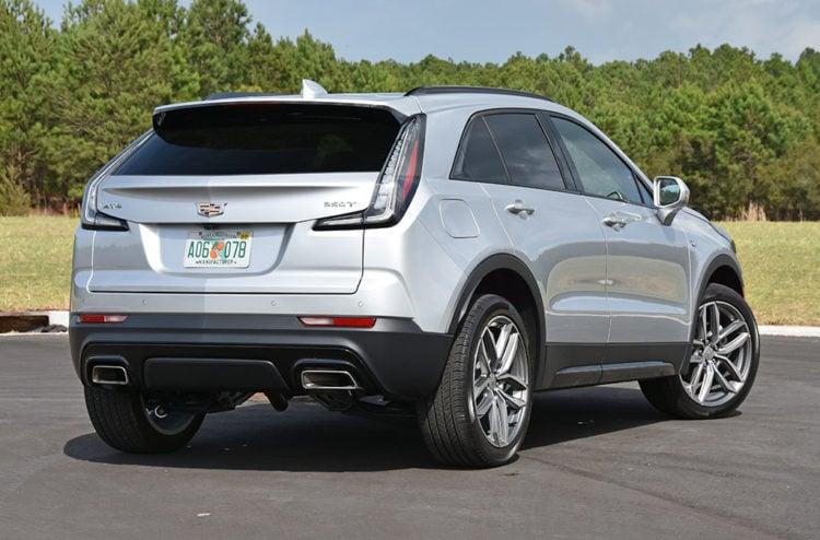 2020 Cadillac XT4 back