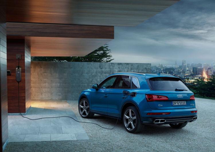 Audi Q5 back