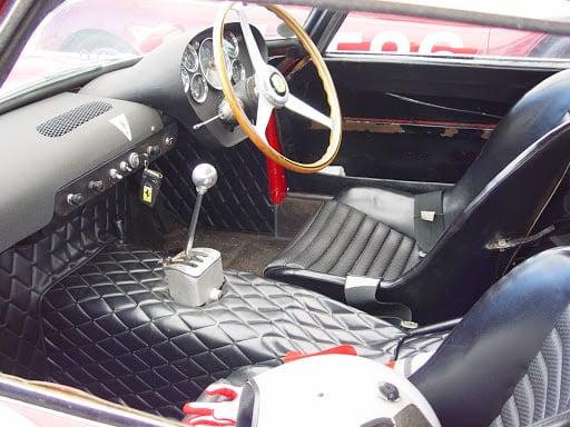 Ferrari 250 GTO interior 1