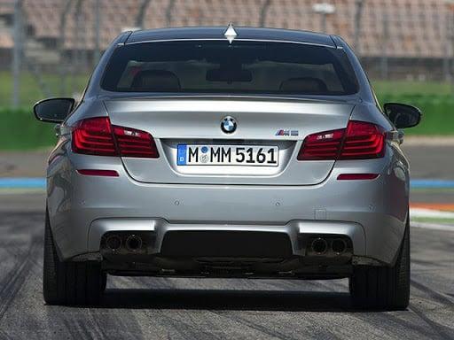 2021 BMW M5 back