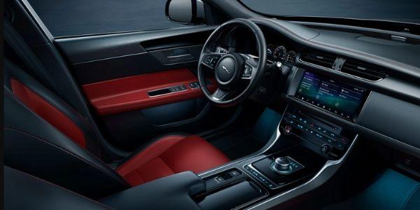 2021 Jaguar XF Sportbrake interior