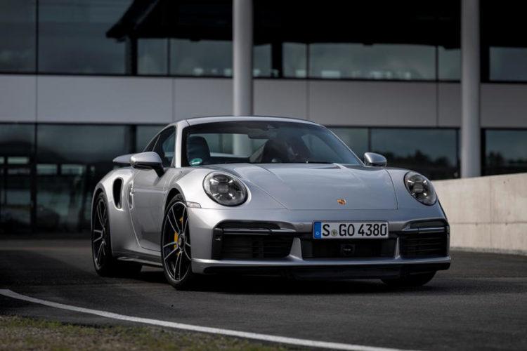 2021 Porsche 911 Targ front