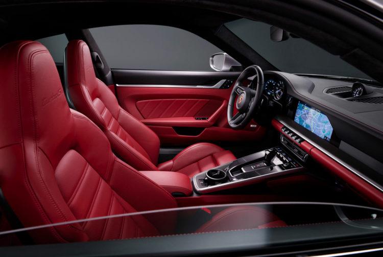 2021 Porsche 911 Targ interior