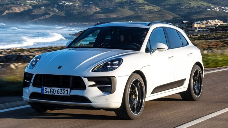 2022 Porsche Cayenne GTS 1