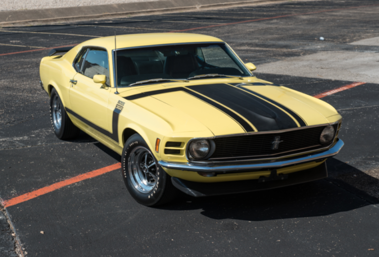 Boss 302 Mustang front