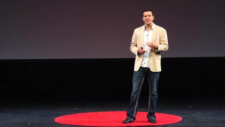 Dr. Eric Edwards