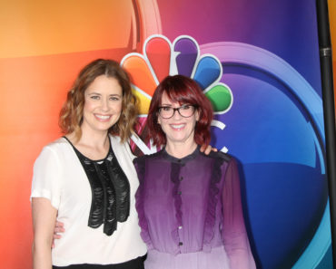 Jenna Fischer and Tina Fey