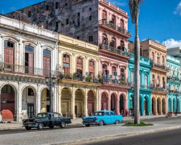 Walk Around Old Havana