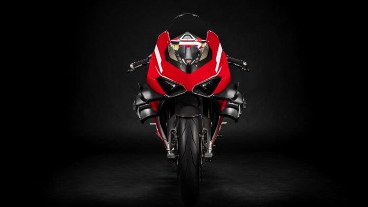 2020 Ducati Superleggera V4 front