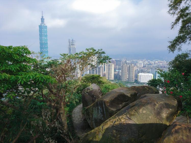 Baoshan and Xiangshan Trails