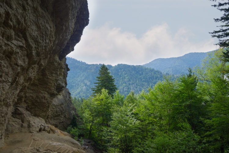 Lusk Cave Trail