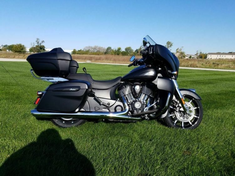 2020 Indian Roadmaster Dark Horse 3