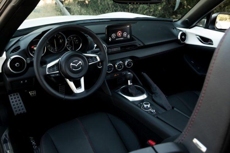 2020 Mazda MX-5 Miata 4