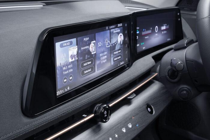 2022 Nissan Ariya Electic SUV interior
