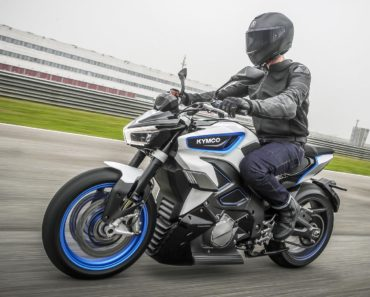 A Closer Look at the Kymco RevoNEX Electric