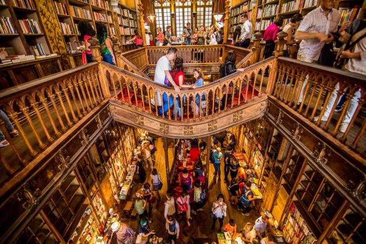 Livraria Lello Book Store