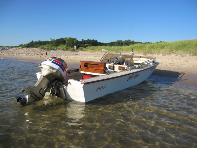 Boston Whaler Newport Skiff