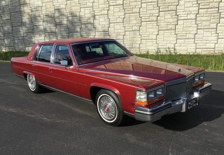Cadillac Brougham 1