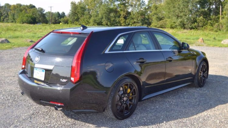 Cadillac CTS-V Wagon - 2012 Model Year