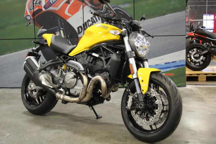 Ducati Monster 821 3