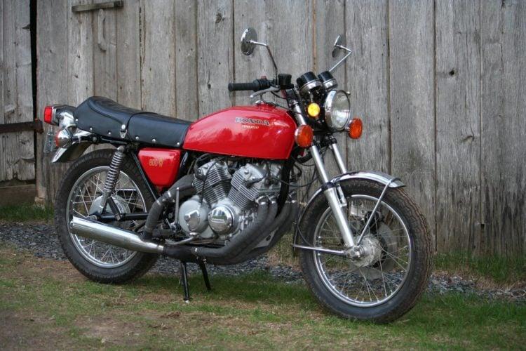 Honda CB800 V8