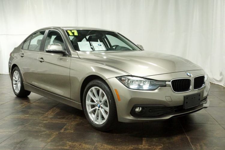 Pre-Owned BMW 2