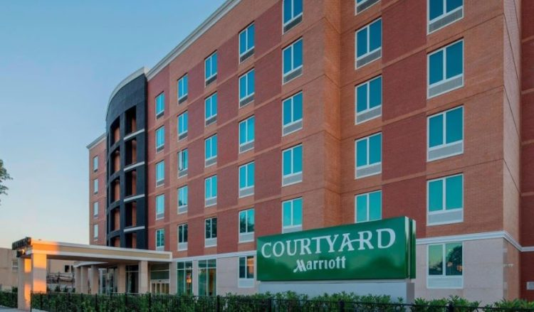 Courtyard by Marriott Queens