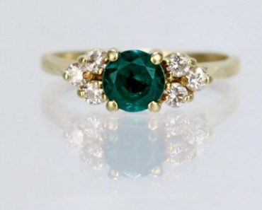 A Buyer's Guide to Getting a Vintage Cartier Ring