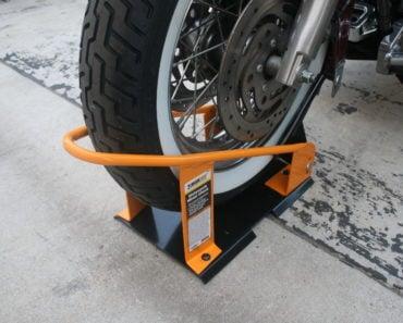 MaxxHaul Motocycle Chock