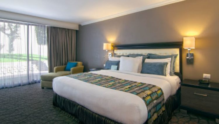 K Tower Urban Boutique Hotel By Lucerna