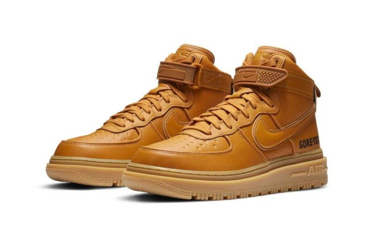 Nike Air Force 1 Gore-Tex Boot in Wheat