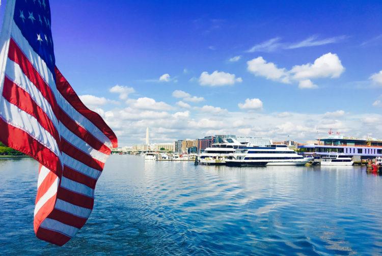 Washington Monuments Cruise