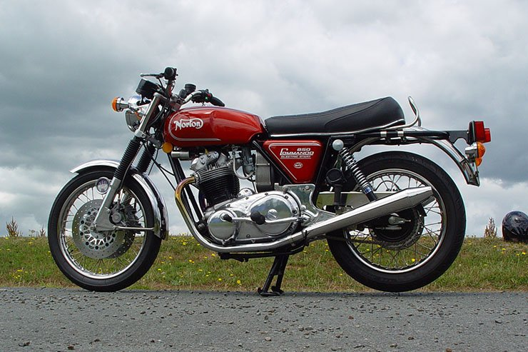 1975 Norton Commando