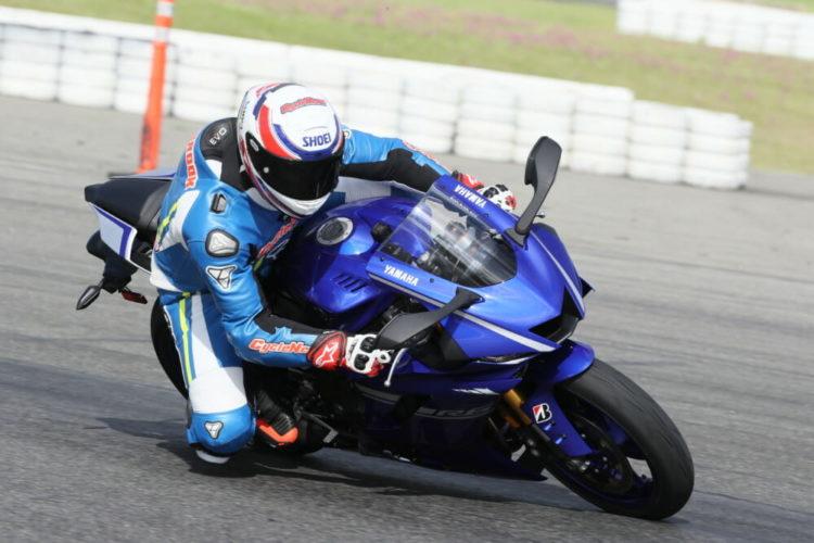 Yamaha YZF-R6 3