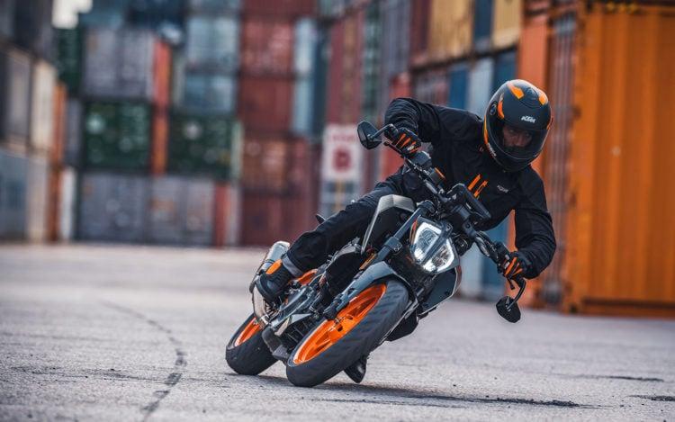 2021 KTM Duke 390