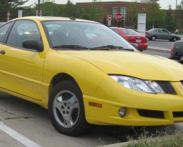 Why Did Pontiac Discontinue the Sunfire Model?