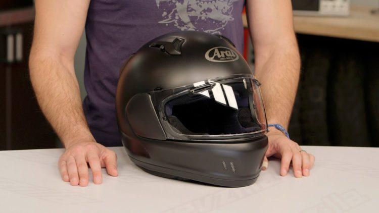 Arai Defiant X Helmet