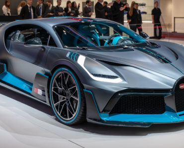10 Things You Didn't Know about The Bugatti Divo